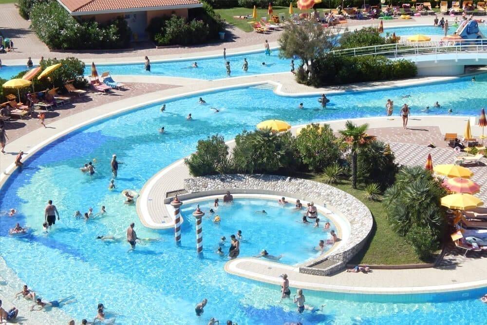 Hotel caorle con piscina bimbi gratis centro vacanze pra 39 delle torri - Hotel a pejo con piscina ...