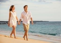 meditazione e camminata in riva al mare