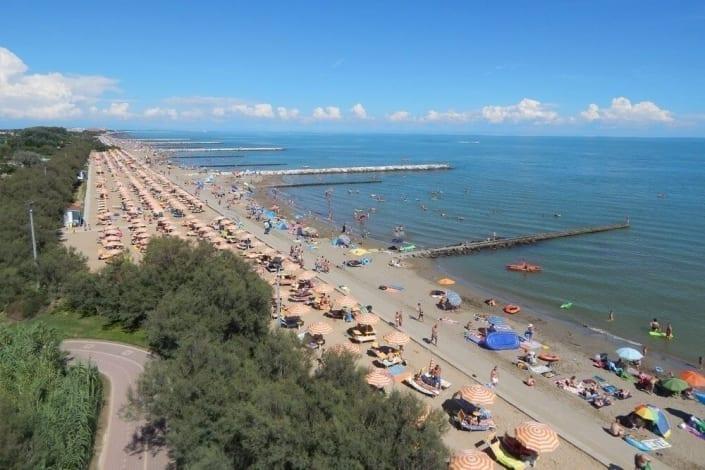 spiaggia di caorle a giugno