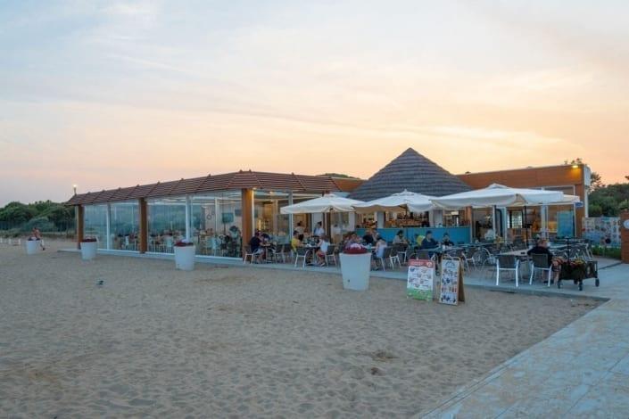 chiosco in spiaggia