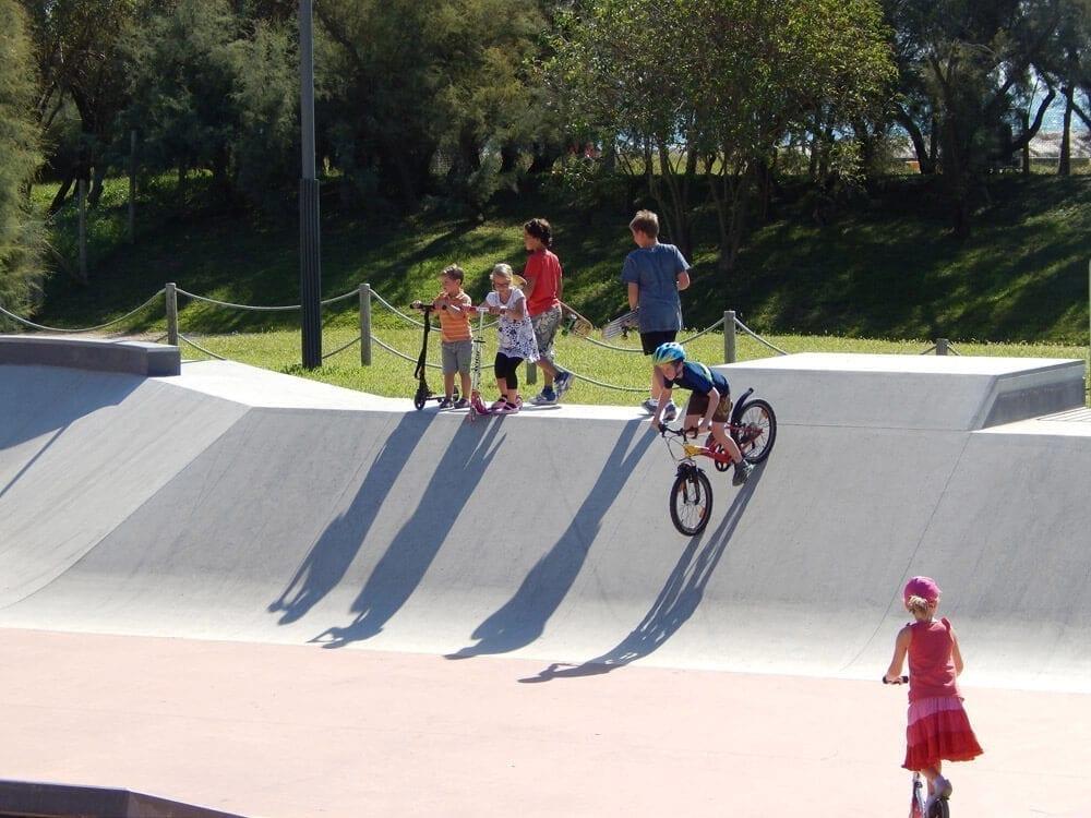 skatepark avec bmx