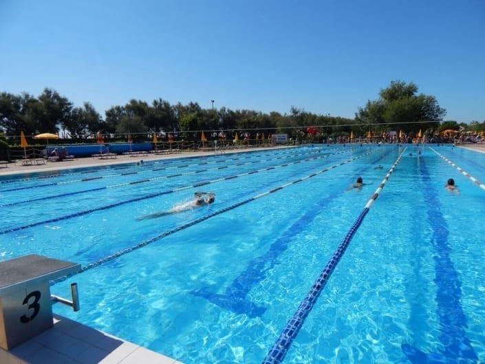 piscina olimpionica riscaldata